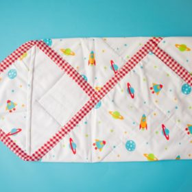 Buy BeeLittle Organic Cotton Wrap Beds - Milky Way online with Free Shipping at Baby Amore India, Babyamore.in